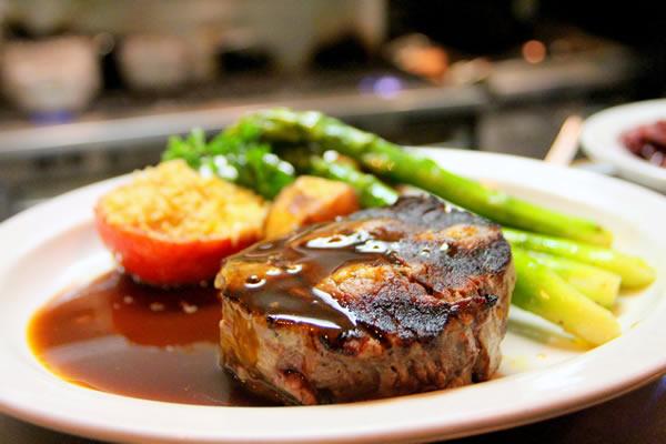 glucose management tips at restaurants