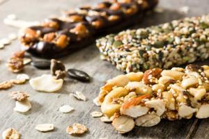 are granola bars healthy